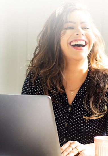 Look Working-Girl : 4 pièces indispensables pour votre tenue de bureau !